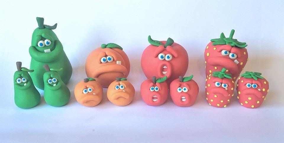 De laatste week schoolfruit!!Met ingang van volgende week mogen de leerlingen weer alle dagen zelf hun pauzehapje mee nemen. Wij willen heel graag de drie fruitdagen voortzetten. Wij hebben daar natuurlijk uw hulp bij nodig. Wij, de leerlingen en leerkrachten, hebben genoten van 20 weken groente en fruit. Wij denken dat we dit met gemak voort kunnen zetten. Helpt u ons daarbij??!!Banaan - 1 per leerlingWaspeen - 1 per leerlingKiwi - 1 per leerling