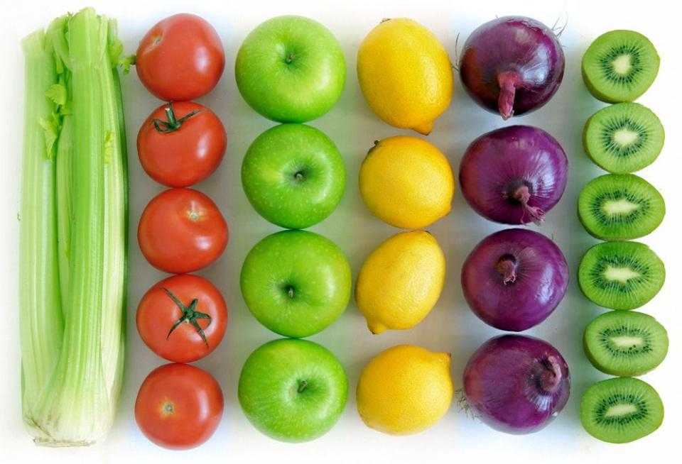 Fruit en groente week 9 (27 en 28 febr en 1 mrt)1 mandarijn per leerling1 komkommer per 4 leerlingen1 appel per 2 leerlingenU weet: u mag uw zoon of dochter zelf altijd extra fruit en groente mee geven!