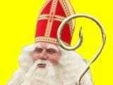 We zijn onderweg.....nog maar een paar nachtjes slapen ...én........hij komt......hij komt echt ......!........Zondag 18 november a.s. is het zover……het gaat echt weer gebeuren!!!. De dag nadat Sinterklaas en zijn Pieten in Nederland, dit jaar in Zaanstad , zijn gearriveerd, komt hij volgens traditie aan in onze gemeente Drechterland!Fantastisch nieuws:.Als vanouds kunnen we dit jaar weer aankomen in het mooie haventje van Wijdenes !!. Daarna gaan we met een schitterend rijtuig naar diverse locaties in de dorpen. Zowel Sinterklaas als alle Pieten zullen weer verschijnen in hun enige echte TV pakken! Het zal absoluut weer een feest van herkenning gaan worden.We verwachten om ongeveer 10.45 uur aan te komen in het idyllische West-Friese Haventje van Wijdenes, waar we worden verwelkomd door niemand minder dan burgemeester Michiel Pijl !!!. Muziekvereniging Venhuizen & Ons Genoegen zullen zorgen voor de vrolijke noot !We hebben een website én Facebook Fanpage !!!! Op de website vind je alle informatie en op de Facebook Fanpage kun je ons volgen, klik maar eens op 'vind ik leuk' en kijk wat er gebeurt ! Voor onze website: www.sintinwestfriesland.nl Verzoek: Wilt u langs de route de vlag uit hangen? Dan wordt het feest nog feestelijker!